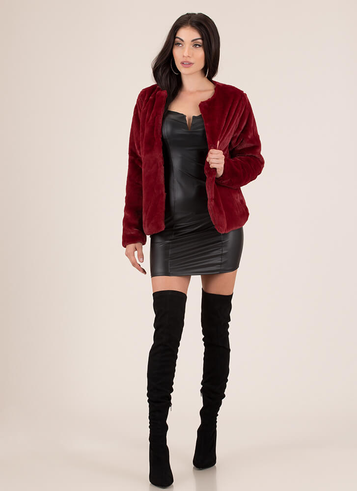 Classic Beauty Boxy Faux Fur Coat BURGUNDY