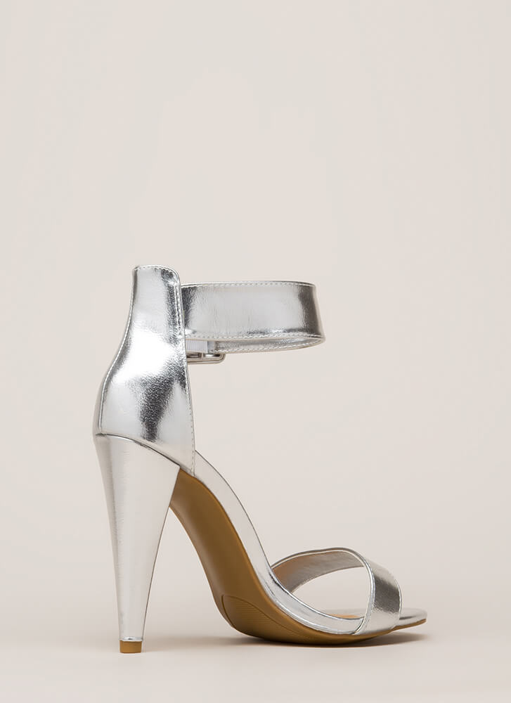 Smashing Time Strappy Metallic Heels SILVER