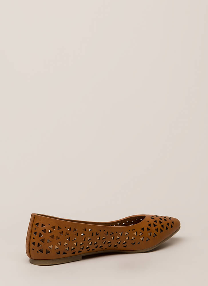 Love Triangle Latticed Cut-Out Flats CHESTNUT
