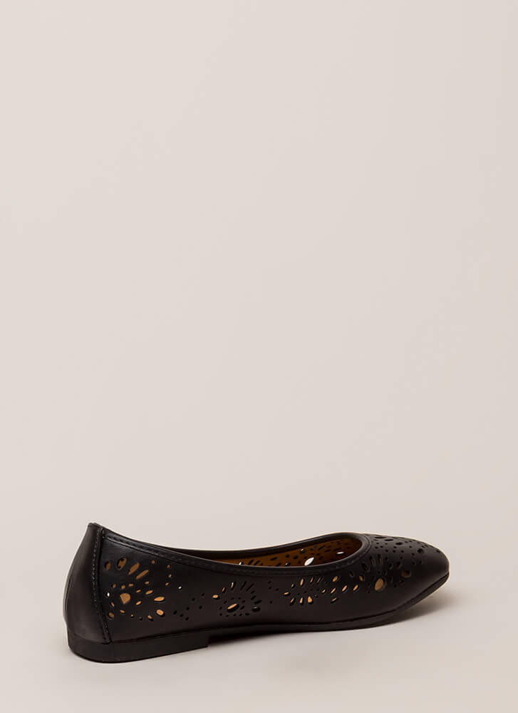 Open Your Eyelets Cut-Out Ballet Flats BLACK