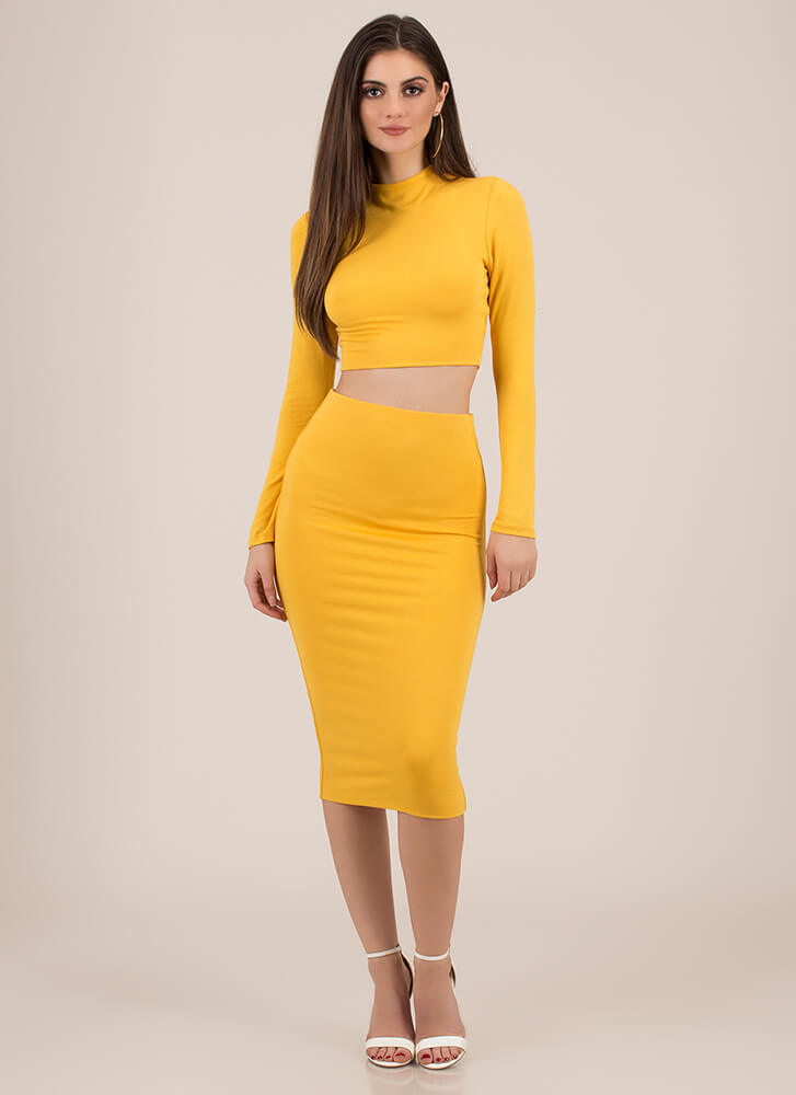 The Perfect 'Fit Top And Skirt Set MUSTARD