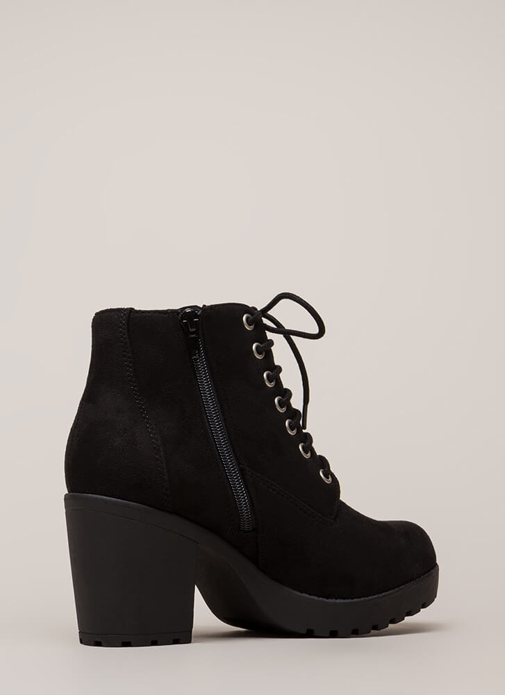 Total Betty Chunky Block Heel Booties BLACK