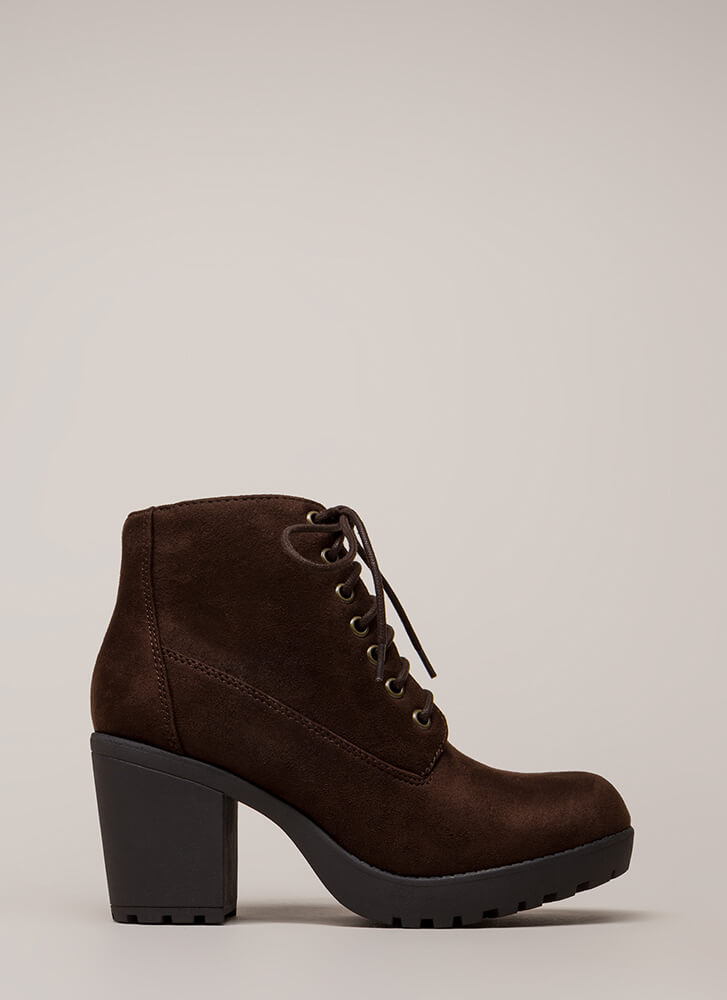 Total Betty Chunky Block Heel Booties BROWN
