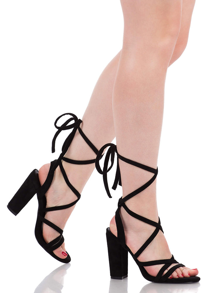 Tie It Together Chunky Lace-Up Heels BLACK