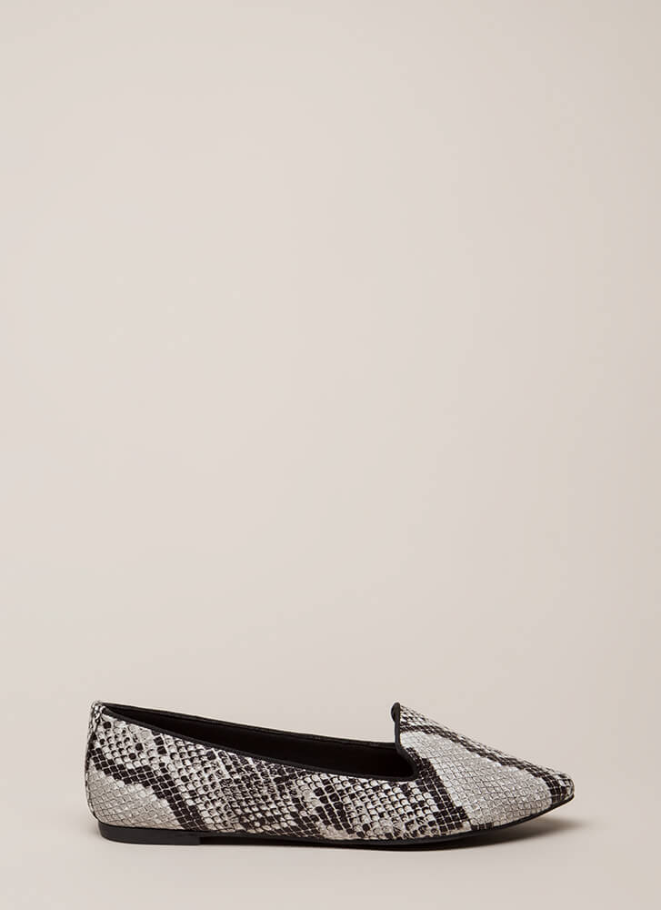 Point Out Faux Snake Smoking Flats BLACK