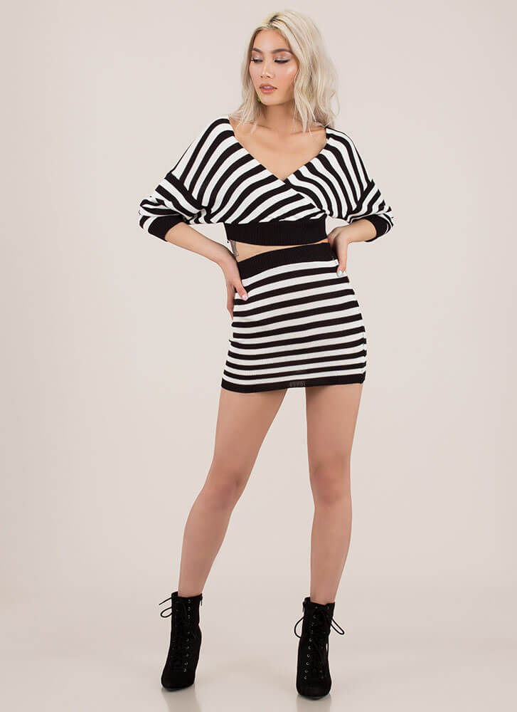 Knit Lineup Striped Top And Skirt Set BLACKWHITE