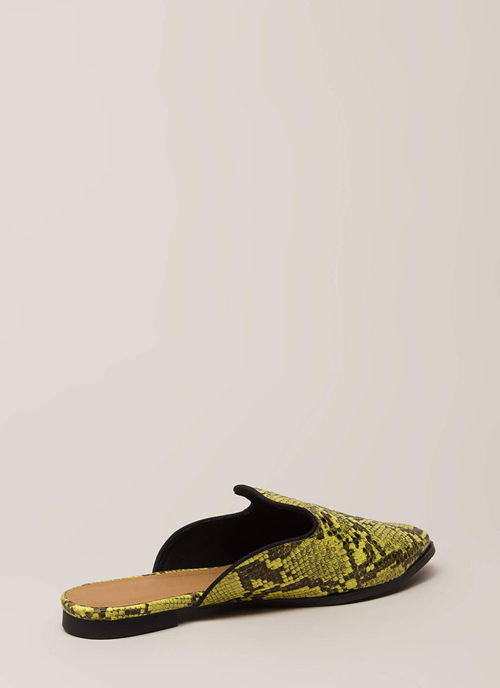 Sexy Slither Faux Snake Mule Flats YELLOWBLACK