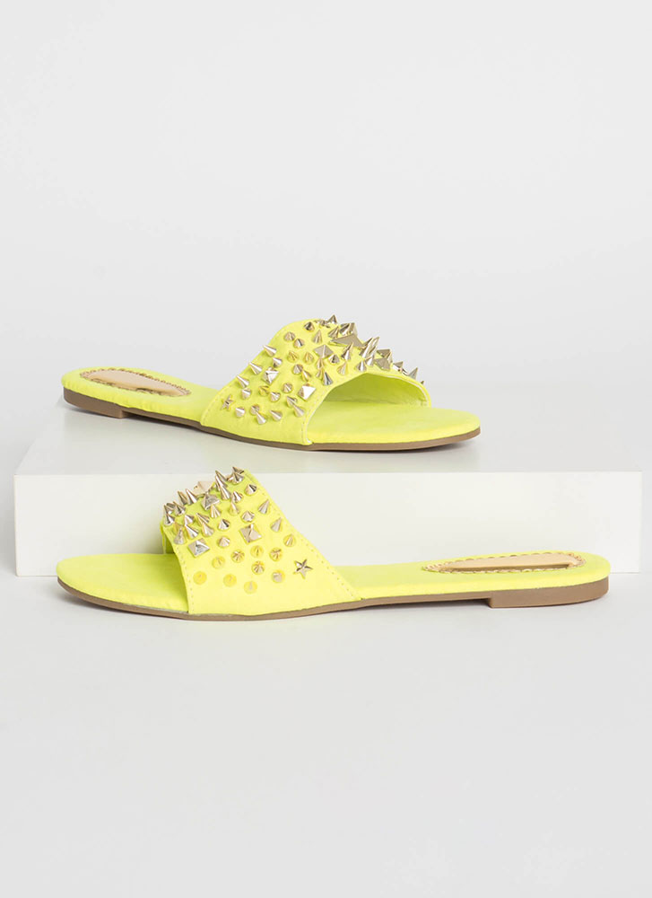 Studs Wearing Spikes Slide Sandals YELLOW