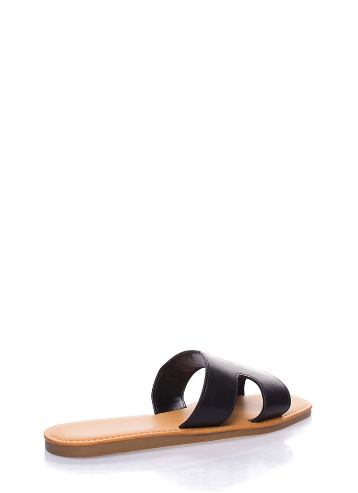 On And Off Cut-Out Slide Sandals BLACK