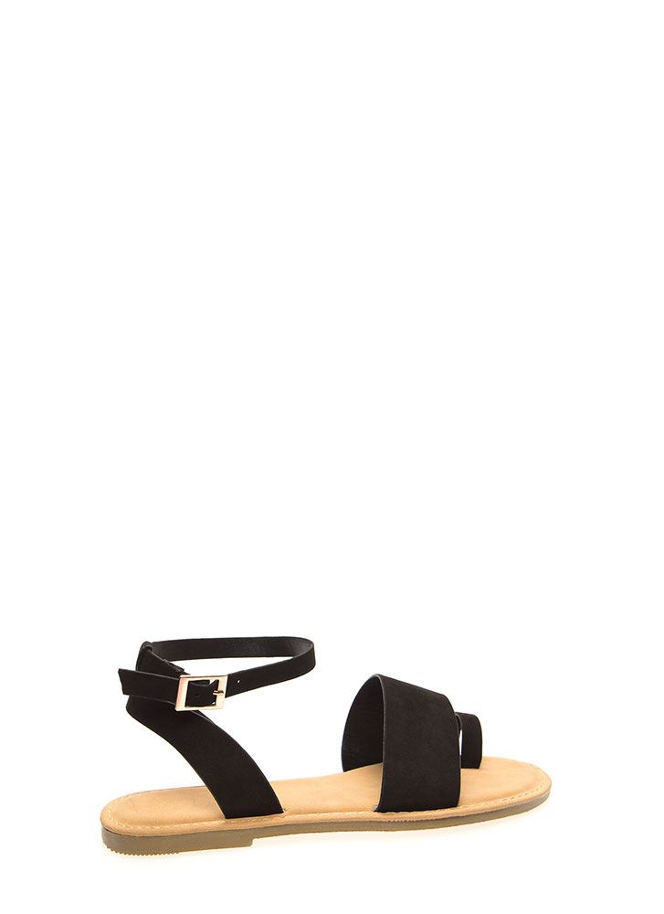 Toe In The Door Strappy Sandals BLACK (You Saved $12)
