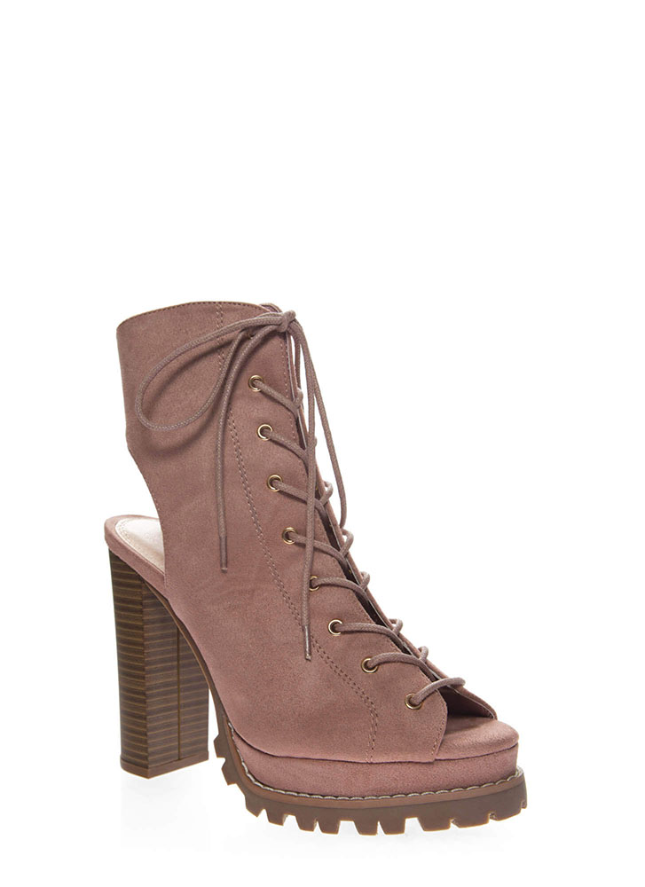 Lug Love Chunky Cut-Out Peep-Toe Booties BLUSH