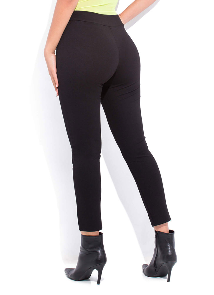 Business As Usual Pleated Skinny Pants BLACK