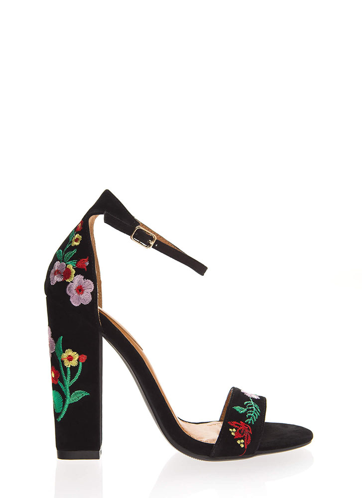 Spring Flowers Chunky Embroidered Heels BLACK