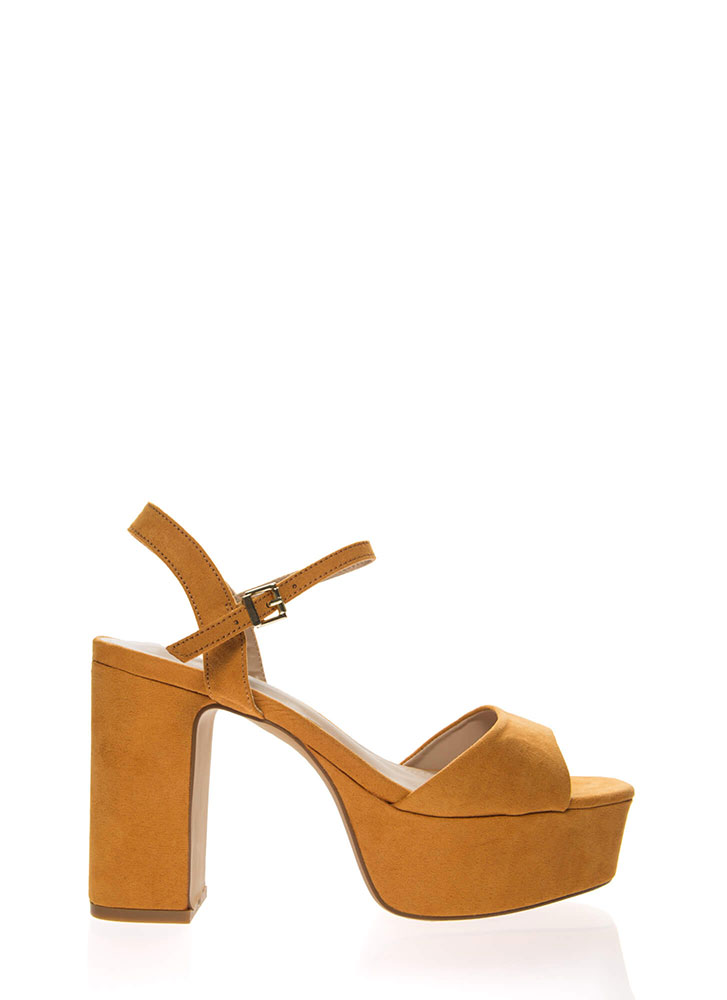Really Into Retro Chunky Platform Heels MOCHA