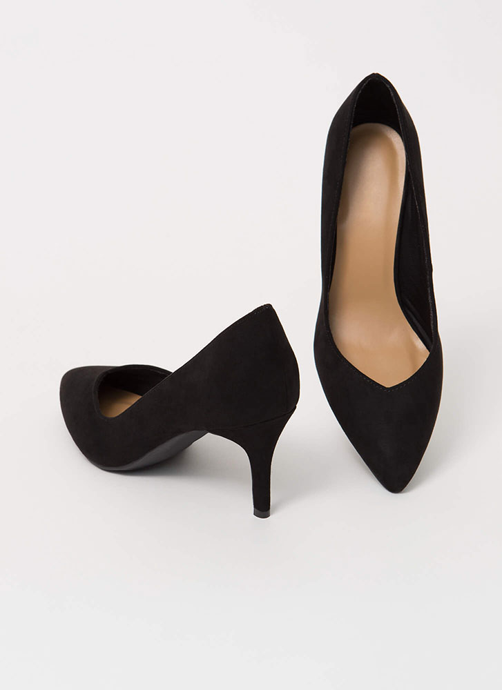 Keep It Short Pointy Almond Toe Pumps BLACK