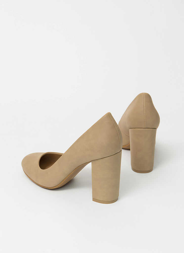 Round One Chunky Faux Nubuck Pumps NATURAL