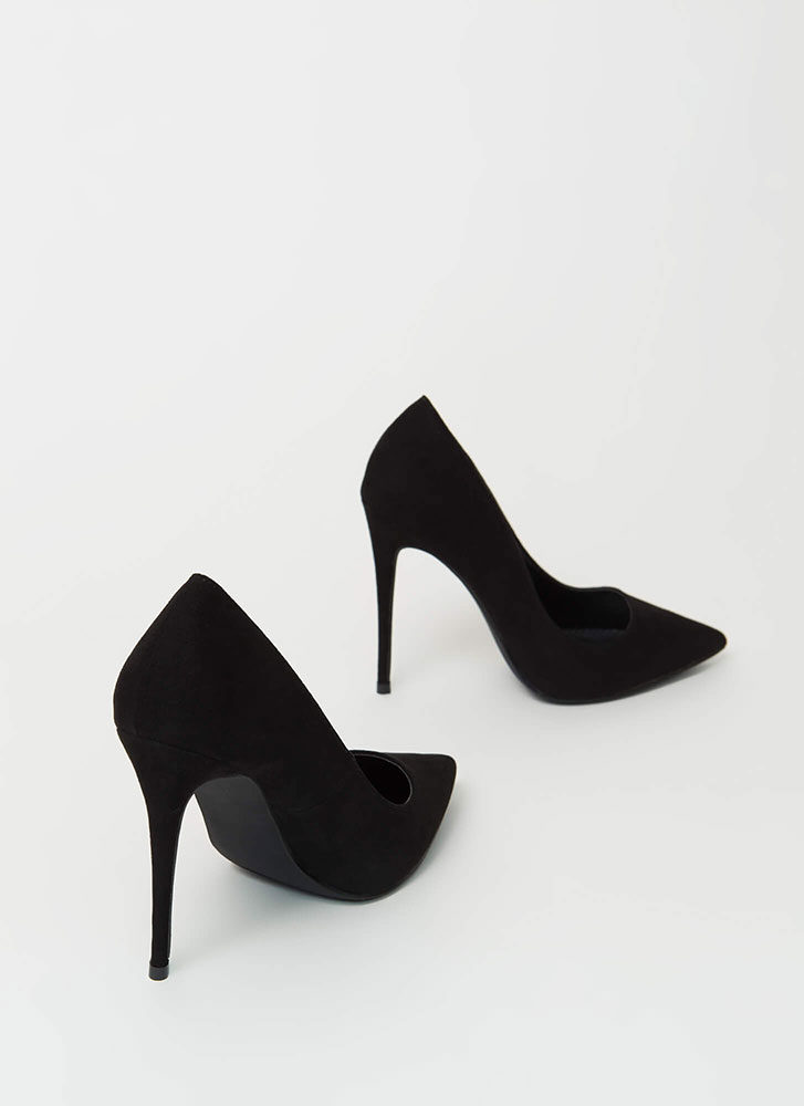 The Essential Pointy Faux Suede Pumps BLACK