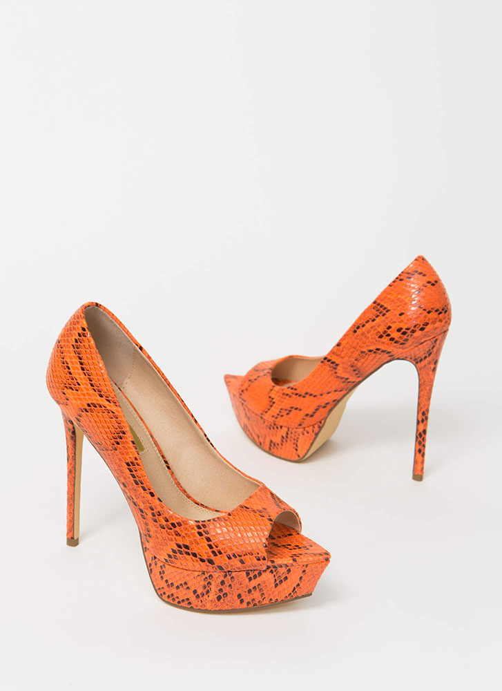 Snake It Off Peep-Toe Platform Pumps ORANGE
