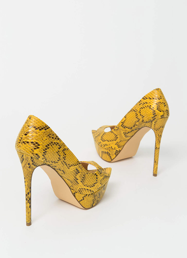Snake It Off Peep-Toe Platform Pumps YELLOW