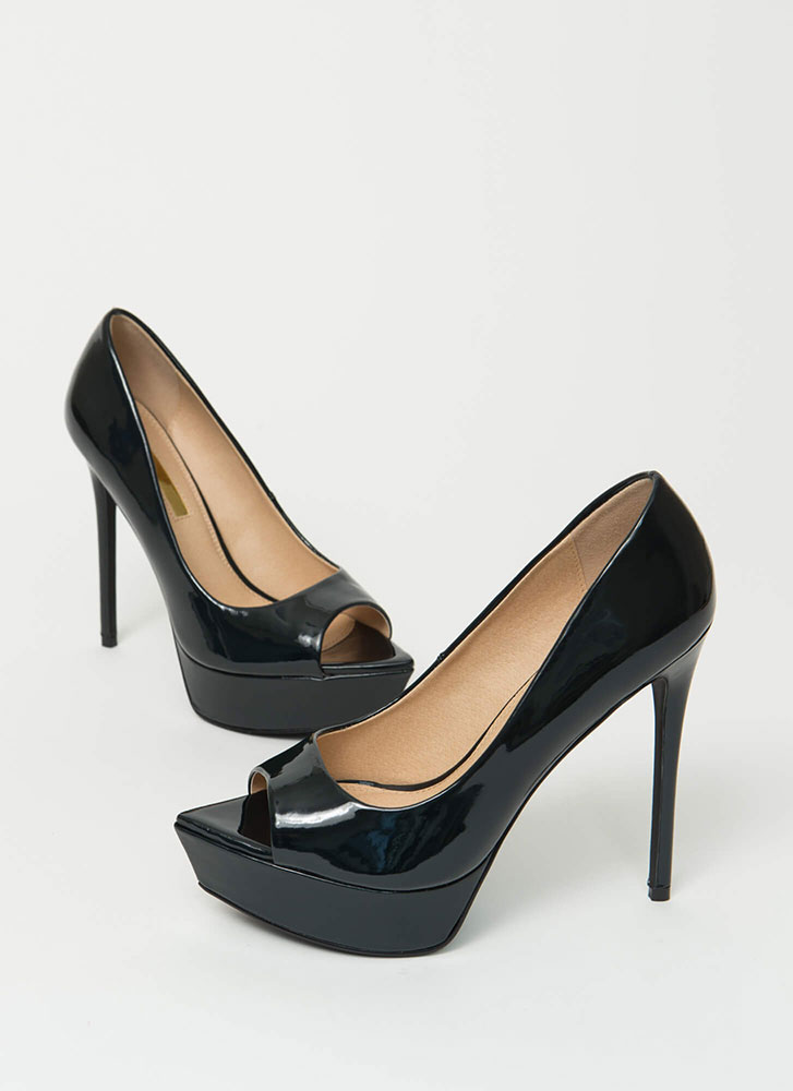 Make My Point Peep-Toe Platform Pumps BLACK