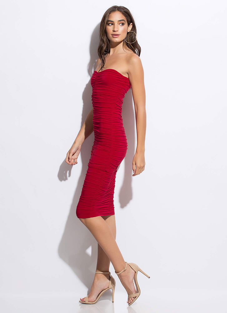 Shirr Thing Strapless Ruched Midi Dress RED