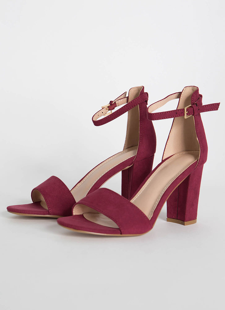 Far And Wide Chunky Faux Suede Heels BURGUNDY
