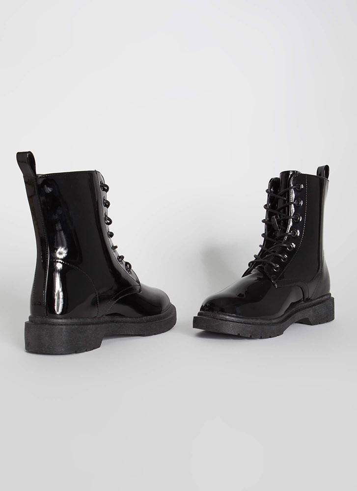 On The Grunge Side Lace-Up Boots BLACK