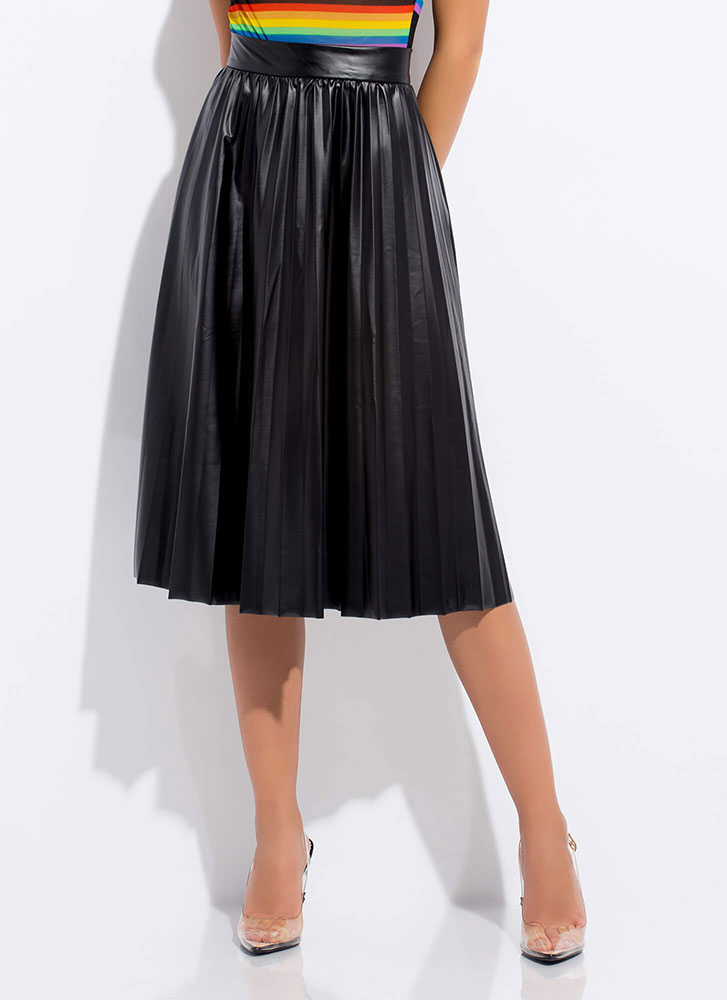 hot-selling drop shipping prevalent Begged And Pleated Faux Leather Skirt