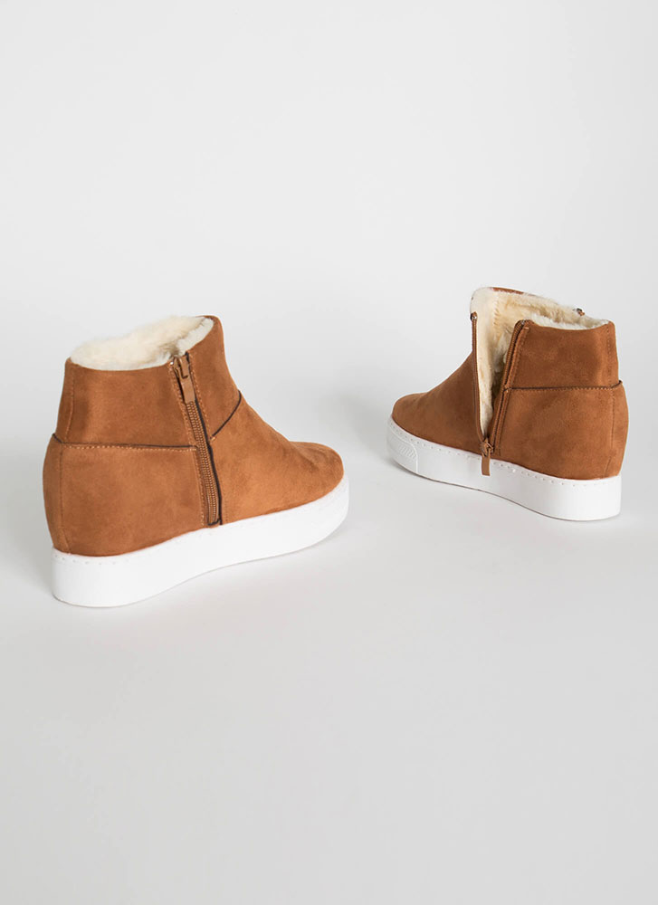 High Tops Lined Wedge Sneakers DKCAMEL