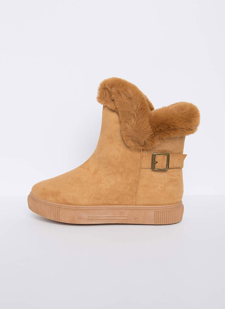 Furry Along Cuffed Pull-On Boots TAN