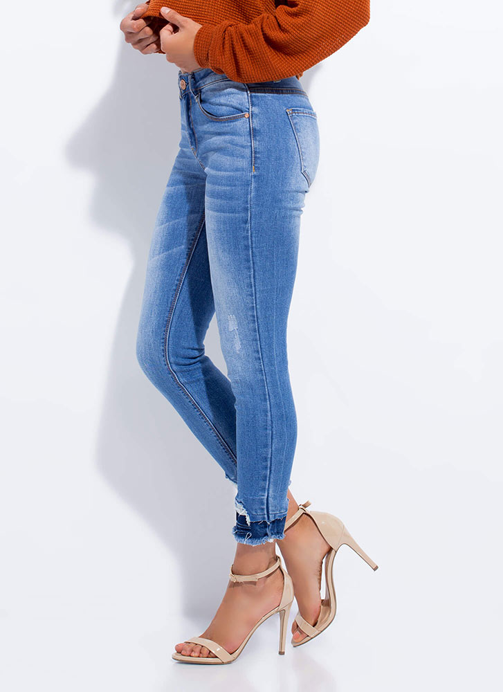 Go To Great Lengths Cut-Off Skinny Jeans MEDBLUE