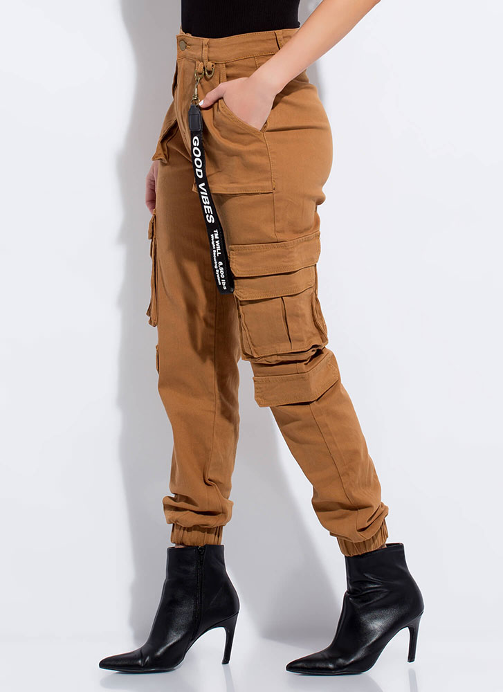 Good Vibes Pocketed Cargo Joggers WHEAT