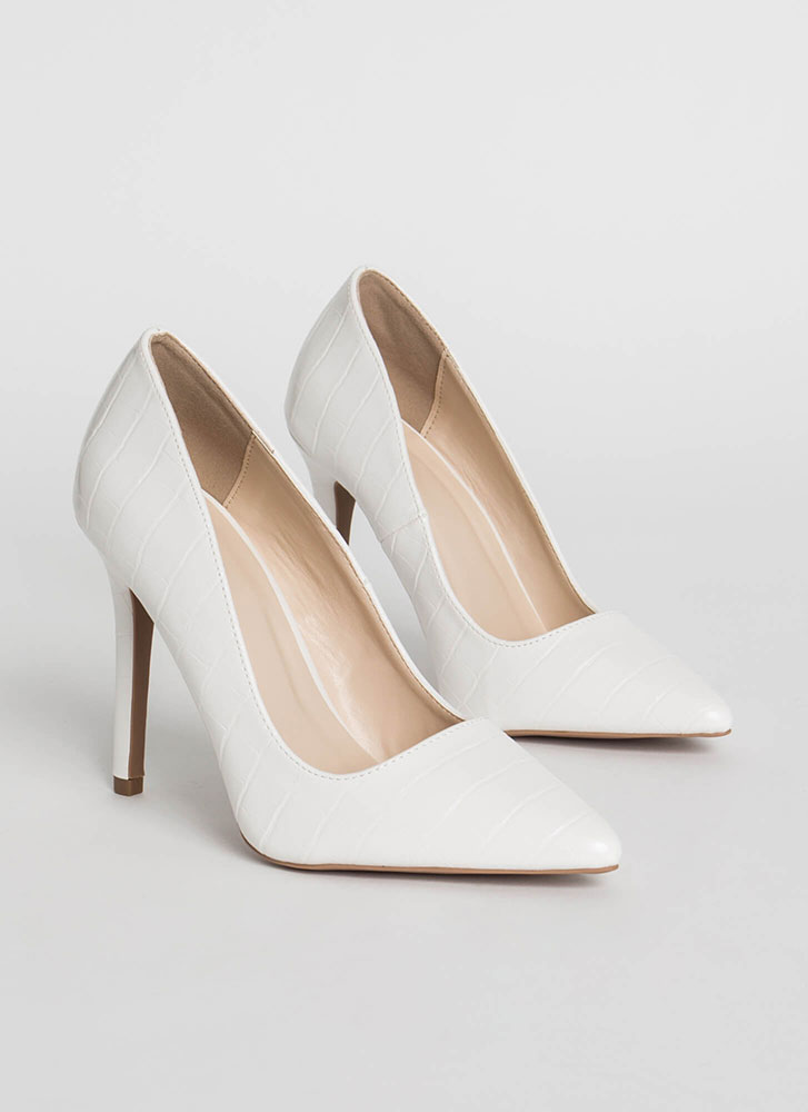 All Signs Point To Faux Crocodile Pumps WHITE