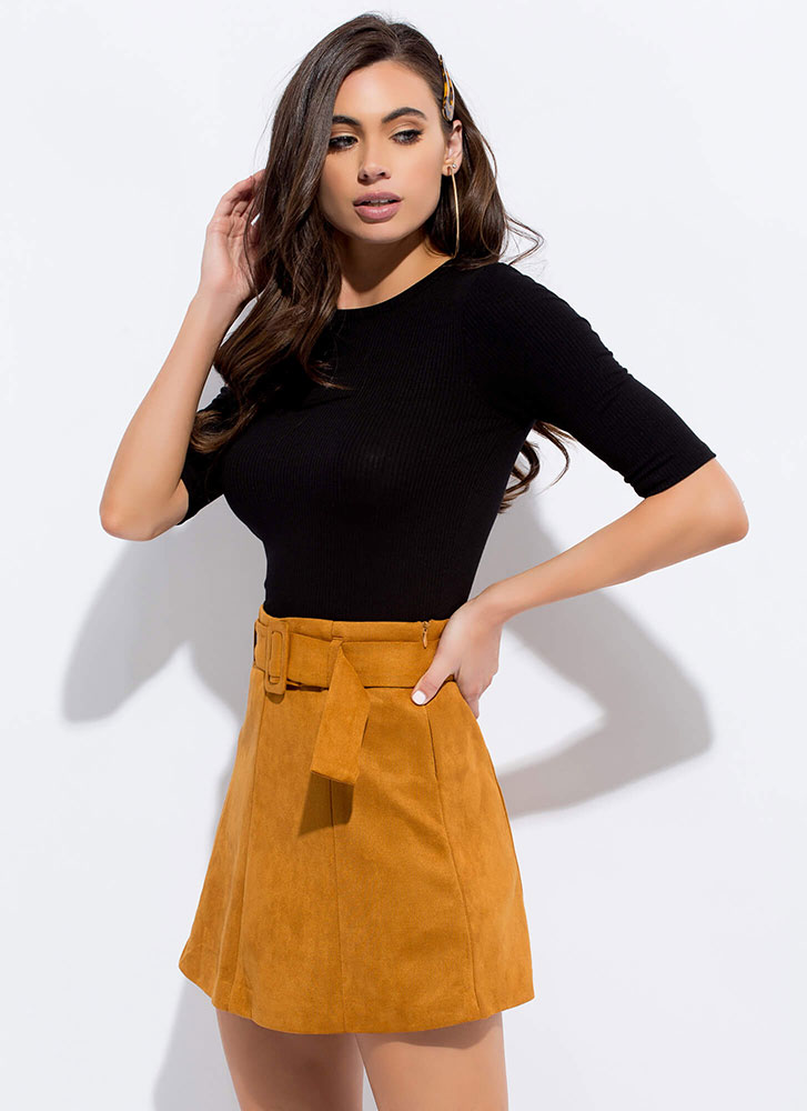 Retro Flare Belted Faux Suede Miniskirt DKGOLD