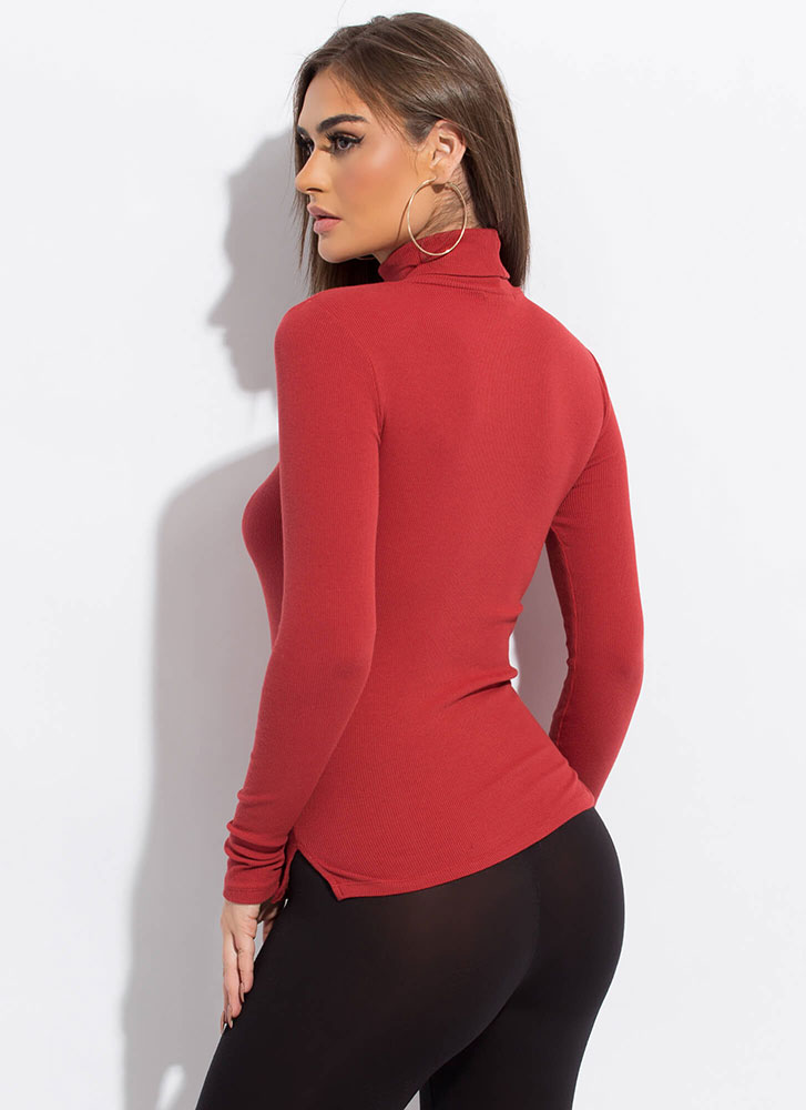 Start With Basics Ribbed Turtleneck Top RUST