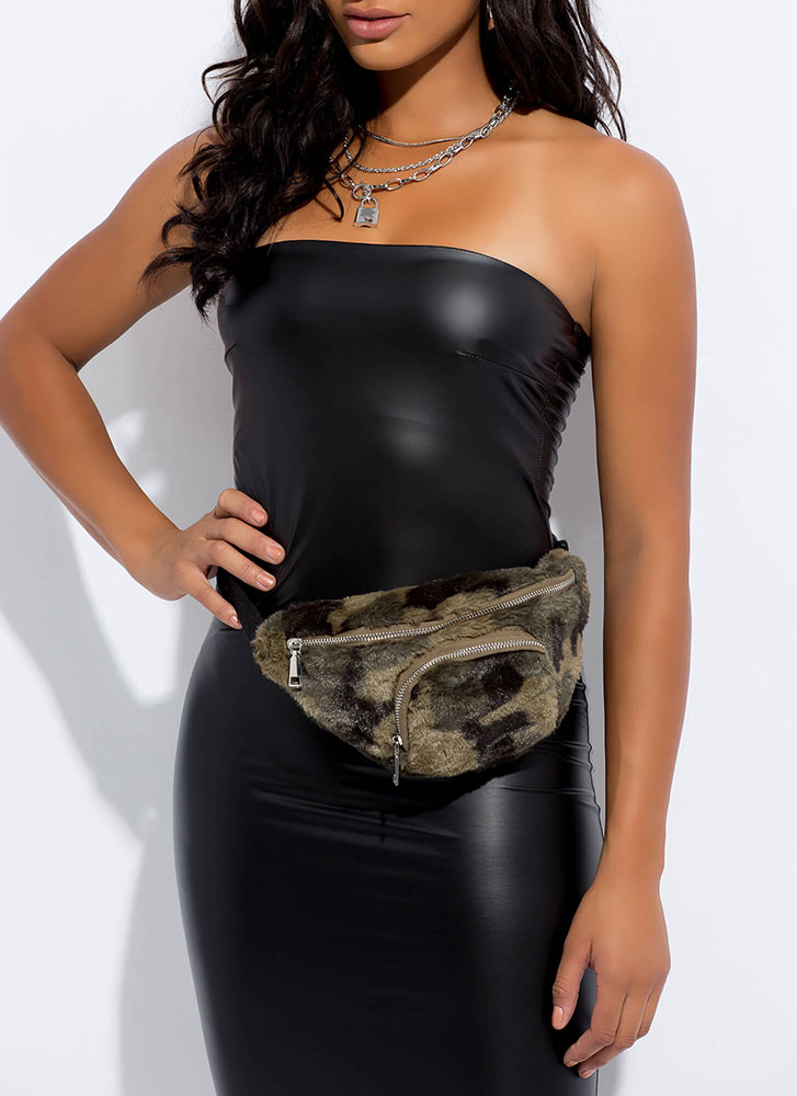 Cooler In Camo Faux Fur Fanny Pack GREEN