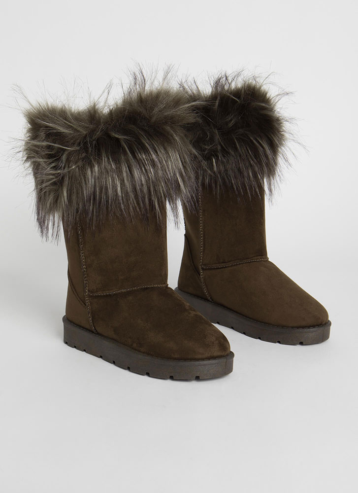 Snow Bunnies Trimmed Faux Fur Boots OLIVE