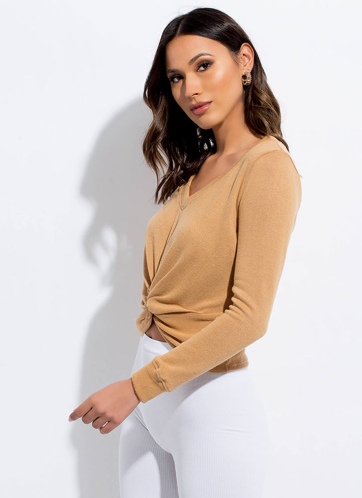 New Addition Twist-Front Knit Top BROWN