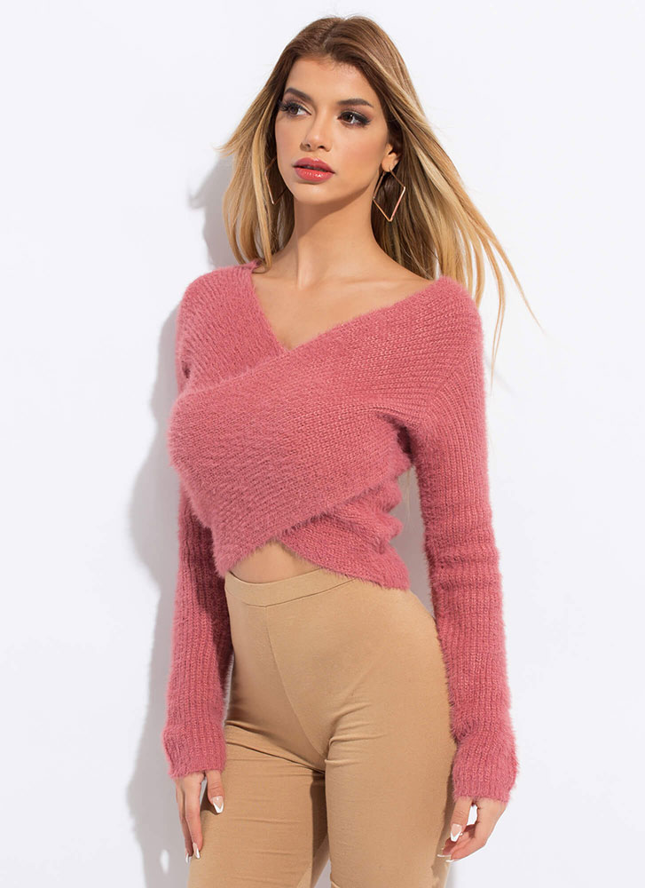 Crossover Artist Fuzzy Cropped Sweater DKMAUVE