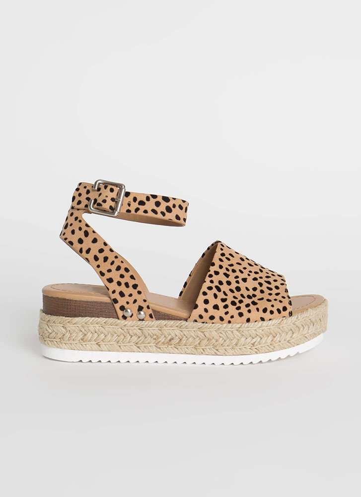 Vacation Time Spotted Wedge Sandals LEOPARD