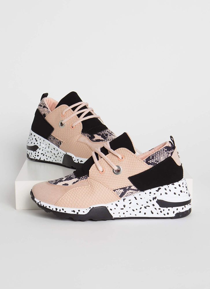 Spotted In My Scaled Platform Sneakers BLUSH