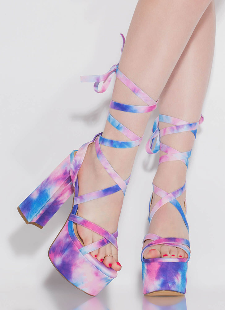 Get High Lace-Up Tie-Dye Platforms PINK