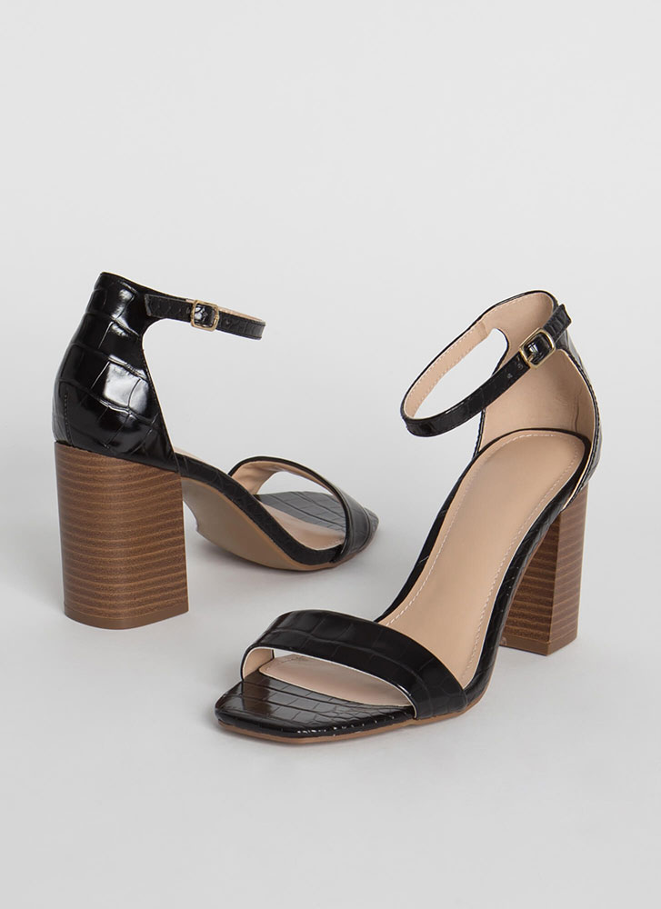 Reptile Crossing Chunky Scaled Heels BLACK