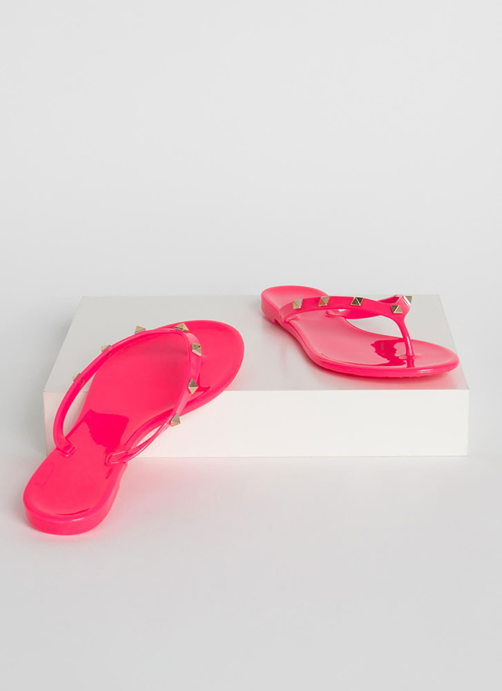 Edge Out Studded Jelly Thong Sandals NPINK