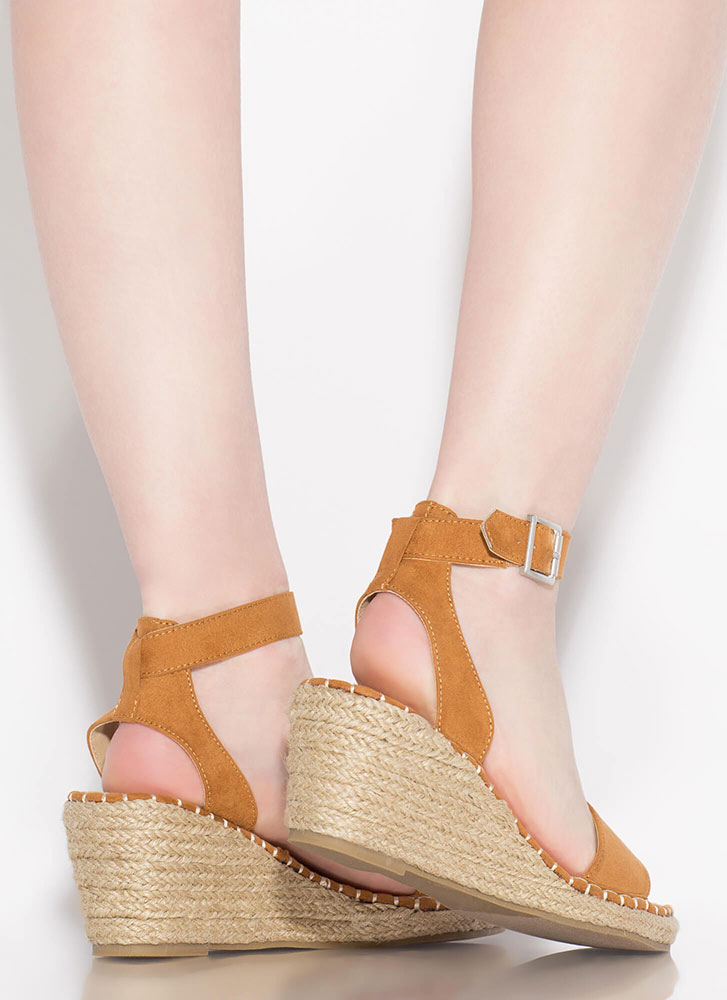 Take A Vacation Espadrille Wedges CHESTNUT