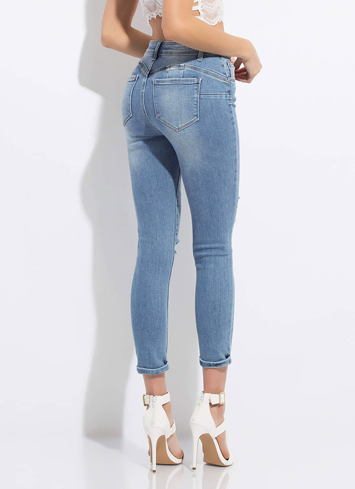 Peach Flavor Distressed Butt-Lift Jeans LTBLUE