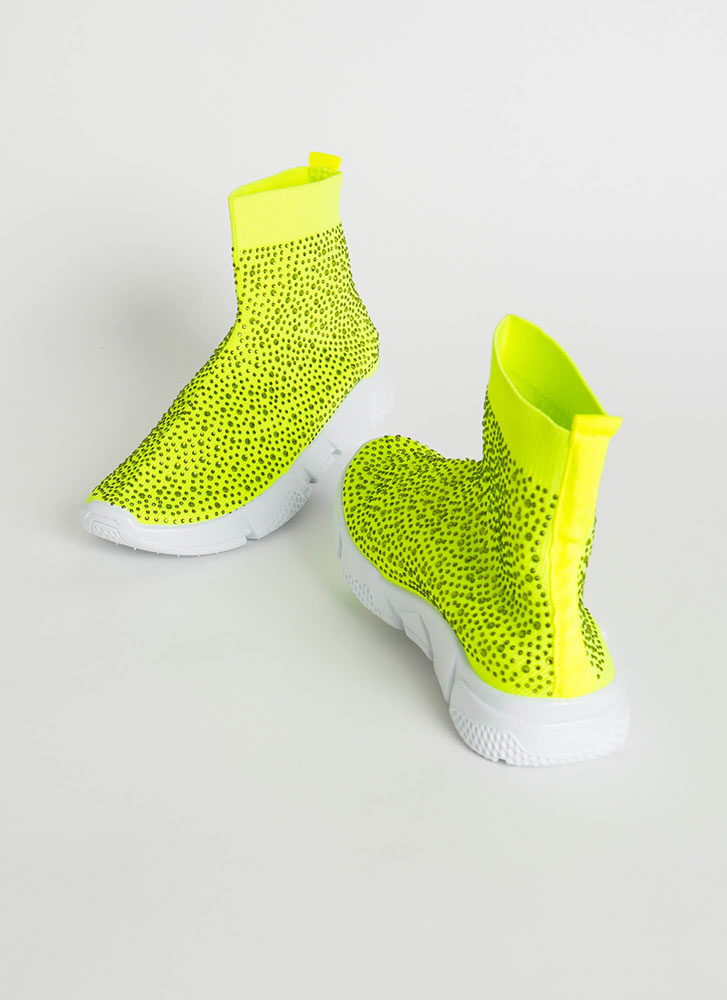 Runaway Winner Knit Jeweled Sneakers NEONGREEN