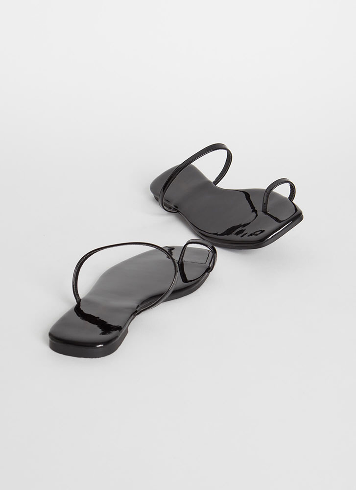 Sun's Out Toes Out Skinny Strap Sandals BLACK