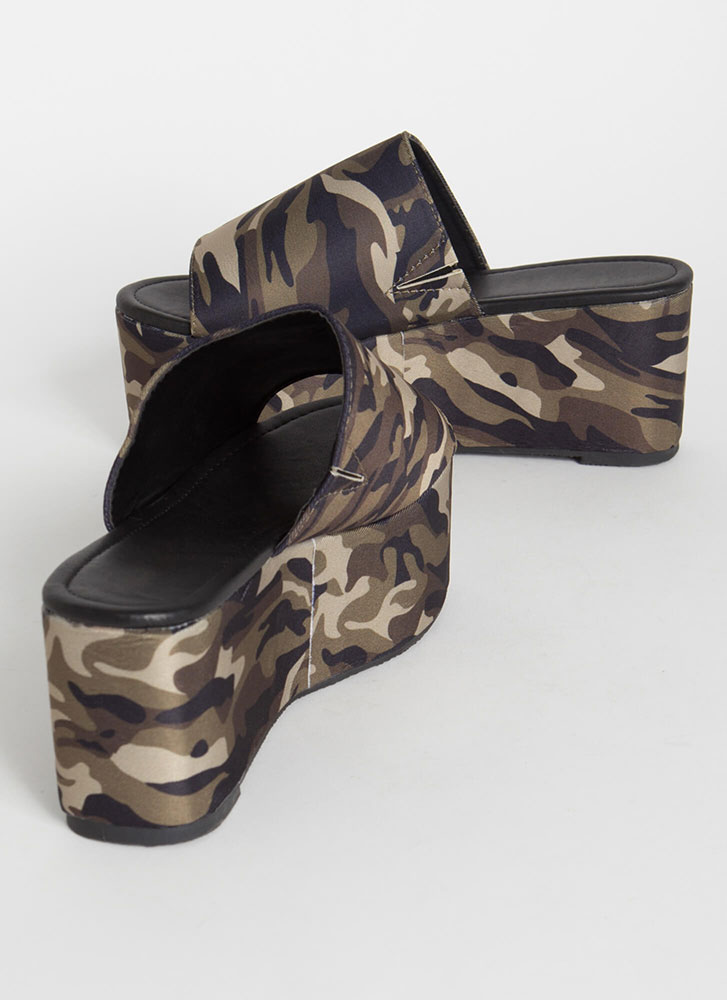 Slide Into My Camo Wedge Sandals CAMOUFLAGE