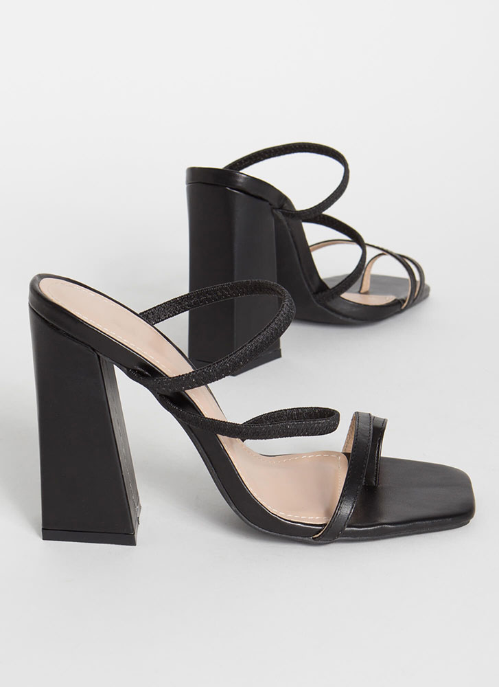 Some Kind Of Strappy Chunky Heels BLACK
